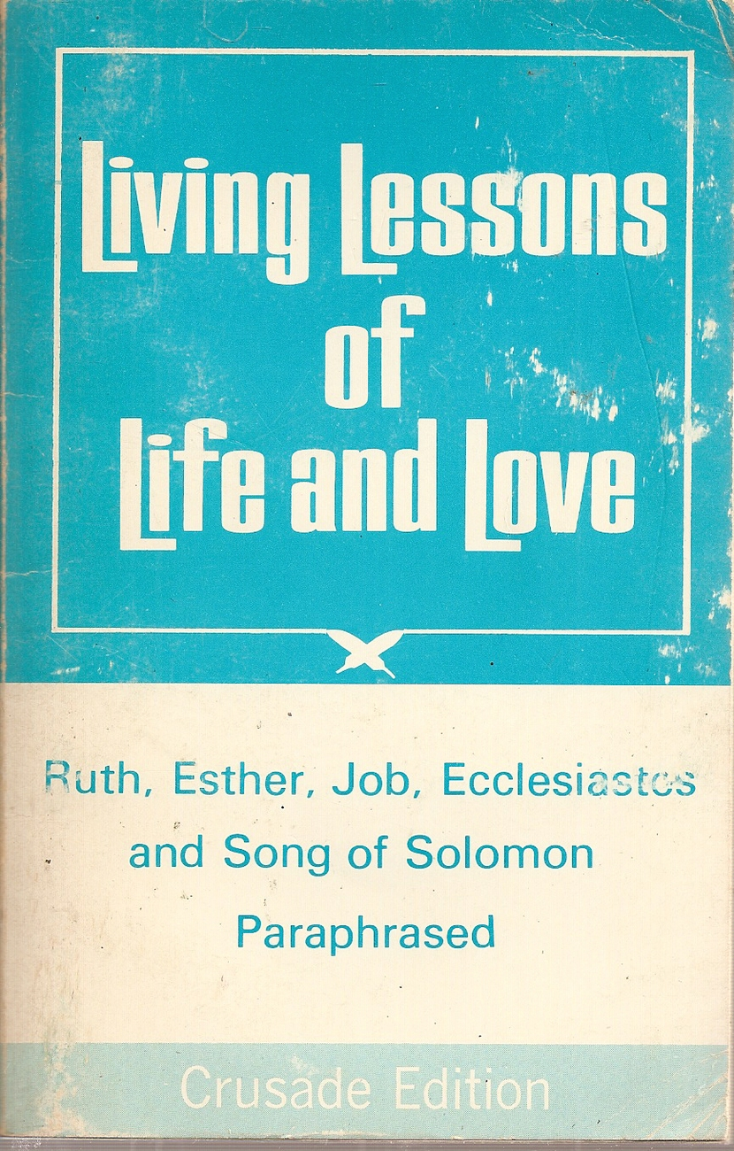 BOOK- Living Lessons Of Life And Love [Paperback] Tyndale House Publishing (