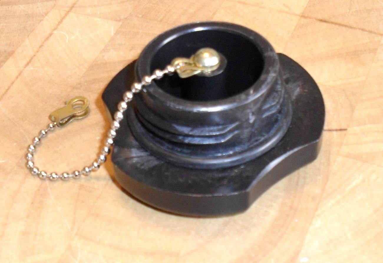 GAS FUEL CAP COVER FITS STIHL 08S TS350 TS360 BT360 070 090