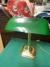 Great LAWYER'S DESK LAMP..Green Glass Cover - $19.39
