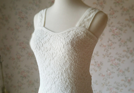 Ivory White Slim Stretchy Lace Tank Top Wedding Bridal Tank Tops NWT image 3