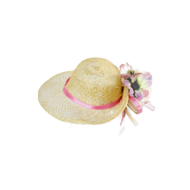 Madame Alexander 5 Hats in a Box 2000 Hat White Woven Purple Flowers - $18.73