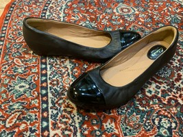 CLARKS ARTISAN BLACK LEATHER PATENT CAP TOE BALLET FLAT LOW WEDGE 10 M 1... - $29.70