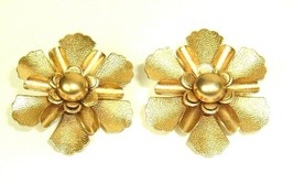EMMONS Vintage Earrings Floral Flower Gold Tone Clip On Boho Mod Hippie 50s 60s - $6.88