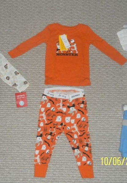 New ON Baby sleepwear, size 6M