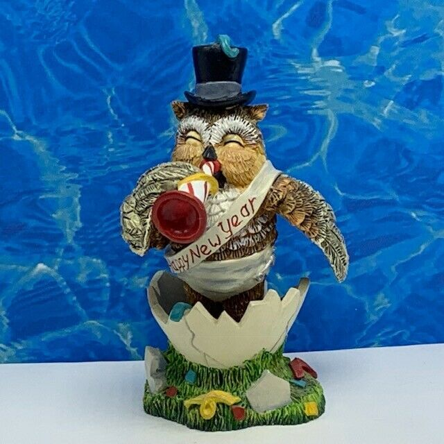 Primary image for Owl figurine vintage sculpture statue Lang Syne lil whoot happy owliday hamilton