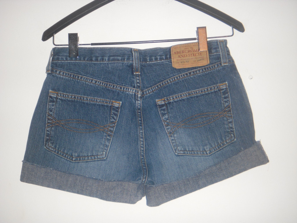 "Abercrombie & Fitch 1892 button fly dark denim distressed Jean shorts 4 30"" wais"