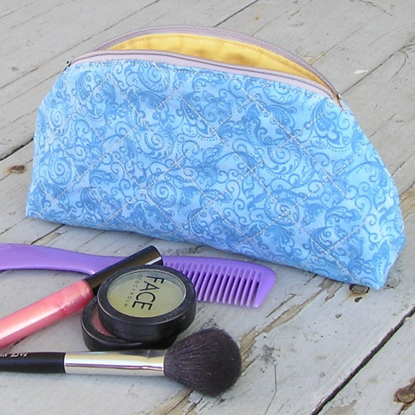 Quilted Makeup Bag Cosmetic Case with Zipper and Lining - Whimsical Azure Swirls