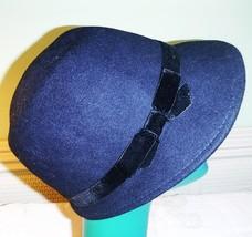 60S STYLE PEEKED CAP HAT VERY DARK NAVY MARKS & SPENCERS VELVET BAND S/M... - $23.44
