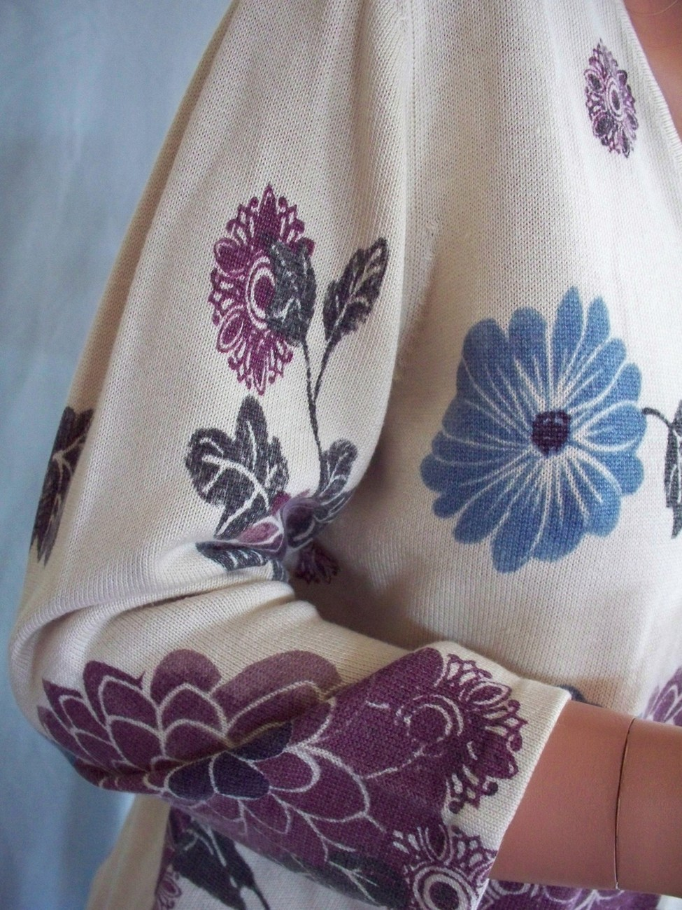 Small Style&Co Beige Floral Blue Purple Sweater SHIRT TOP PULLOVER BLOUSE Knit