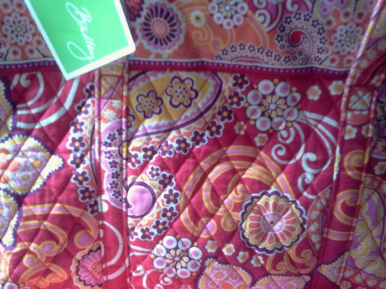 Vera Bradley Villager Raspberry Fizz Tote NWT 10326-003