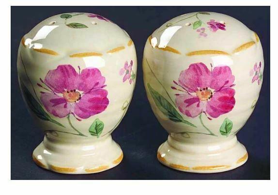 Pfaltzgraff Silk Rose Salt and Pepper Height: 3 1/8 in 3H/4H Roses Floral Cream - $30.84