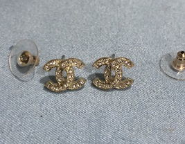 Authentic Chanel Classic CC Logo Crystal Strass GOLD Stud Earrings  image 3