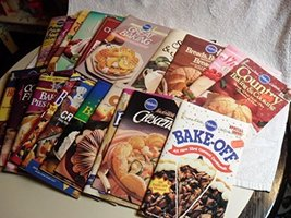 ot of (21) PILLSBURY Cooking Magazines Cookbooks Baking Breads Desserts [Paperba - $42.01