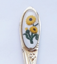 Collector Souvenir Spoon Flower Floral Yellow Daisy - $2.99