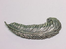 BEAU STERLING Vintage Textured FEATHER QUILL BROOCH Pin - 2 inches - £36.82 GBP