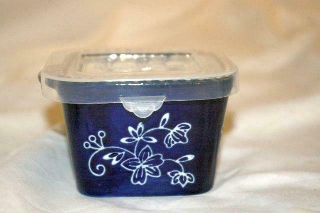 Temptations 2019 Floral Lace Dark Blue Square Ramekin Plastic Storage Cover NEW