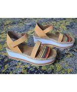 $228 Donald Pliner Anie Platform Leather Sandal Tan & Multicolor sz 7.5 - $81.95