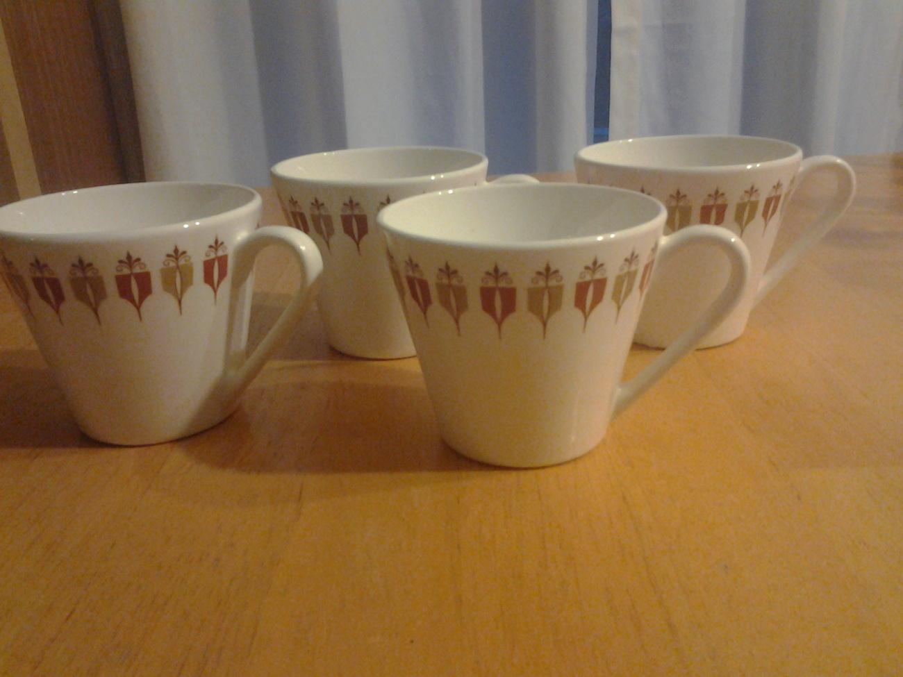 Syracuse China Syralite Mugs 4-White Ironstone w Shield Design Restaurant Ware