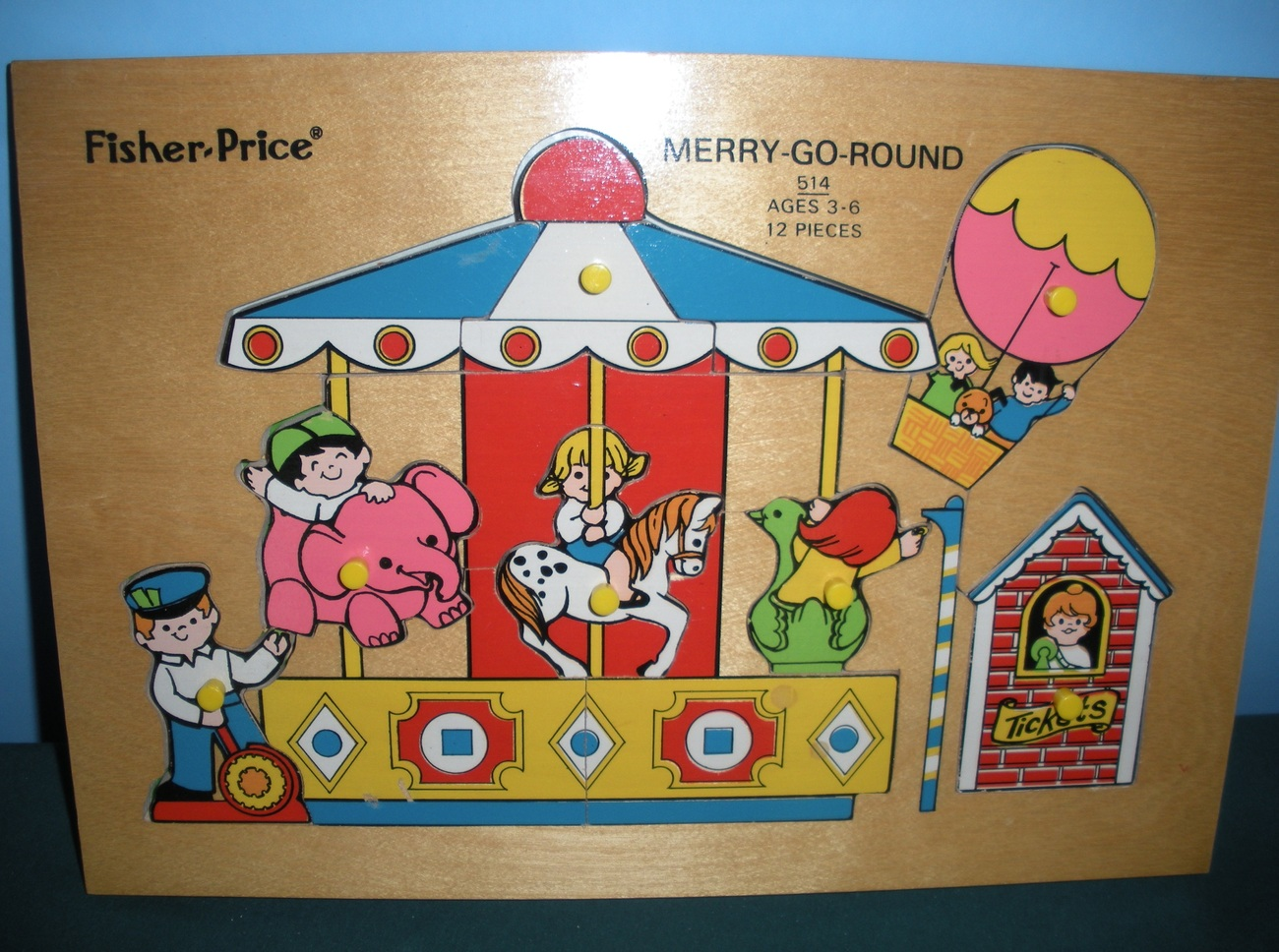 Vtg. Fisher Price Pick Up 'N Peek #514 Merry-Go-Round Wooden Peg Puzzle/EXC! (B)