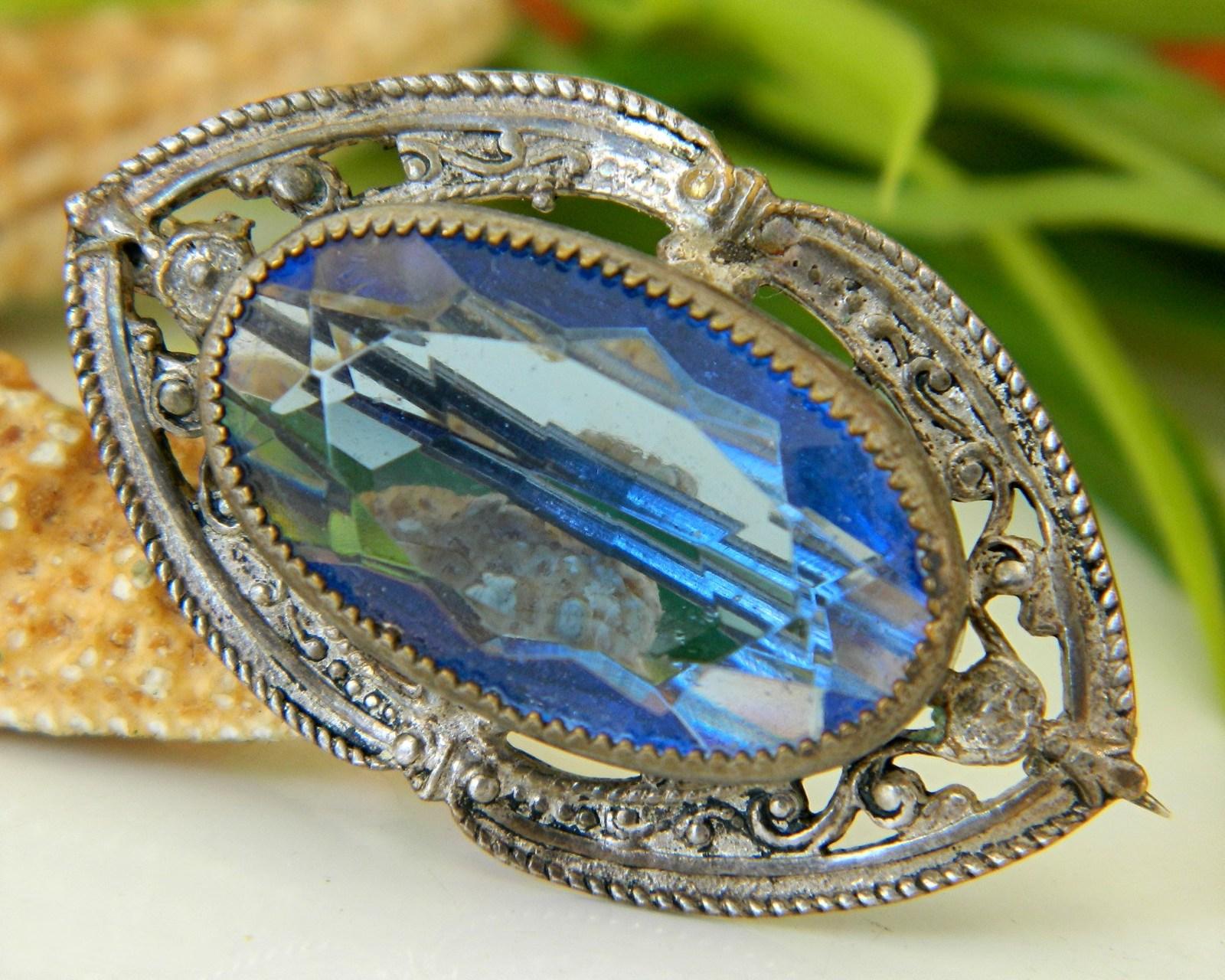 Vintage Victorian Blue Glass Rhinestone Cabochon Pin Brooch