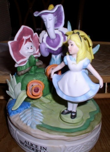 Disney Alice in wonderland and  the flowers Music Box