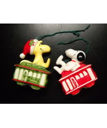 Snoopy and Woodstock Christmas Ornament Set Cable Cars United Feature Japan - $19.99