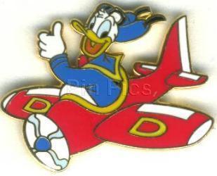 Disney Donald Duck Flying airplane pilot pin/pins