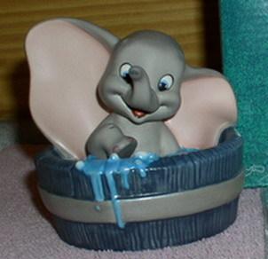 Disney Dumbo Tub Membership WDCC Procelain