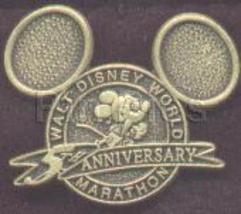 Disney Mickey  Mouse WDW Marathon rare  pin/pin - $23.93