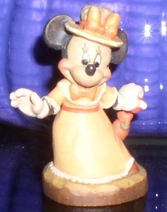 Disney Minnie Mouse with unbrella  Anri  miniature Woodcarving