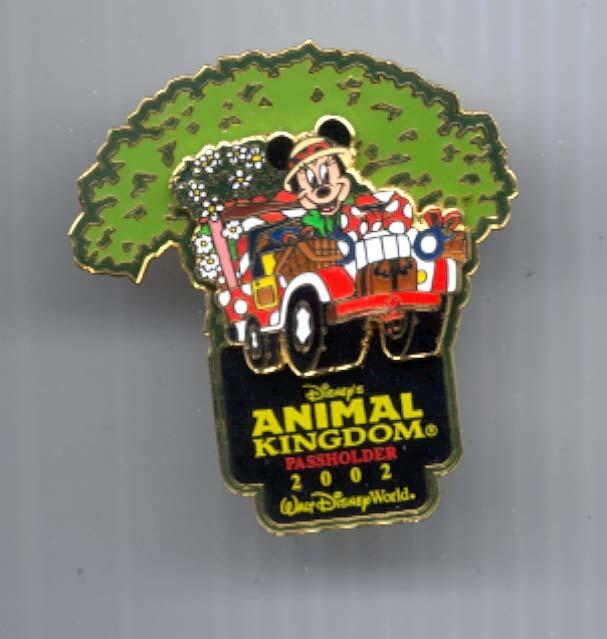 Disney Minnie safari WDW Pass Holder rare LT ED PIN/PIN