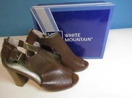 NIB White Mountain Brown Sandal Peep Toe Stacked Higher Heel 090 M Org $79 - $27.54