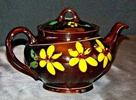 Tea Pot by Royal Canadian AA20-7129 Vintage