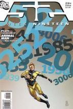 52 Week Nineteen : History Repeats (DC Comics) [Unknown Binding] - $4.89