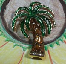 "Vintage Jewelry: 2"" Gold Tone Palm Tree Brooch 170717 - $7.91"