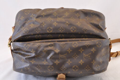 LOUIS VUITTON Monogram Saumur 35 Shoulder Bag M42254 LV Auth 6089
