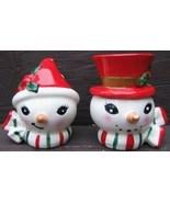 Vintage LEFTON CHRISTMAS SNOWMAN SNOWWOMAN HATS SCARFS Ceramic SALT PEPP... - $134.02 CAD