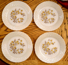 Termocrisa White Milk Glass Dinner Plate LOT of 4 Floral Pattern Mexico ... - $19.75