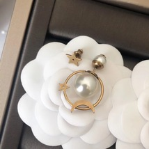 AUTH Christian Dior 2019 TRIBLES EARRINGS STAR PEARL GOLD image 4