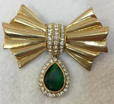 Brooch Pin Avon Ribbon Bow Emerald Green Stone Rhinestones Gold Tone Metal - $10.88
