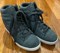Puma Women's Classic Suede High tops Grey Size 8.5 US - $24.99