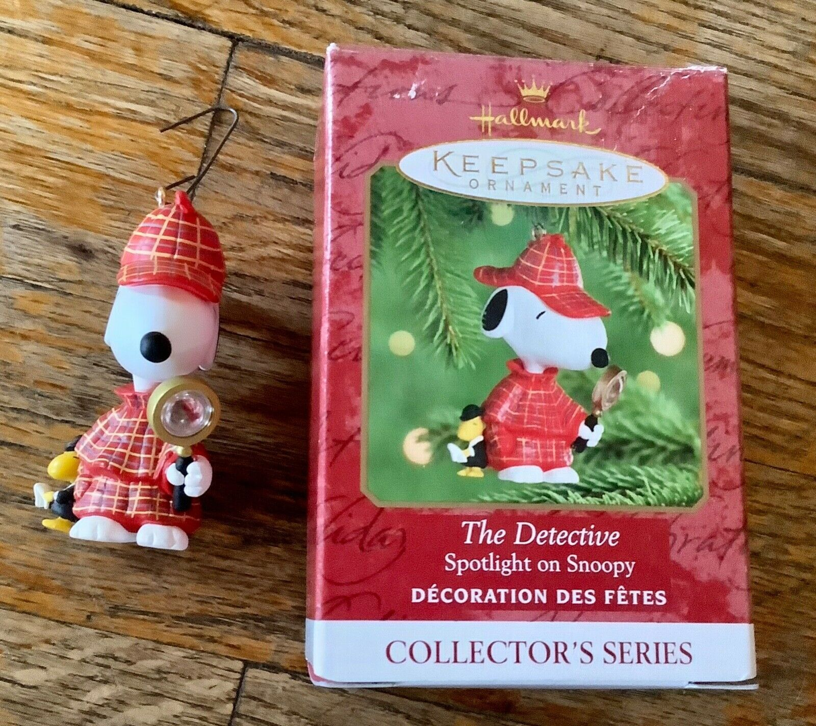 Primary image for Hallmark Keepsake Ornament 2000 The Detective Spotlight on Snoopy peanut Series