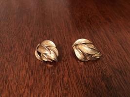 Vintage Goldtone clip on Leaves Earrings - $3.75
