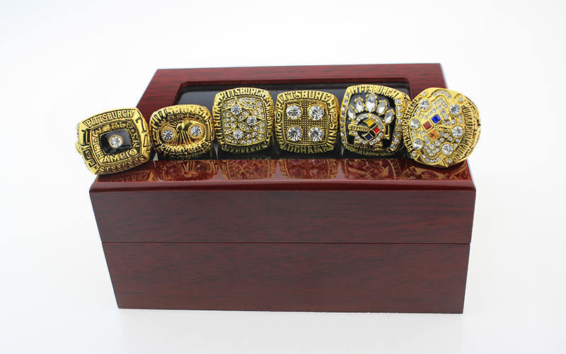 Pittsburgh Steelers Championship Ring Set (Size 11) In Wooden Display Box