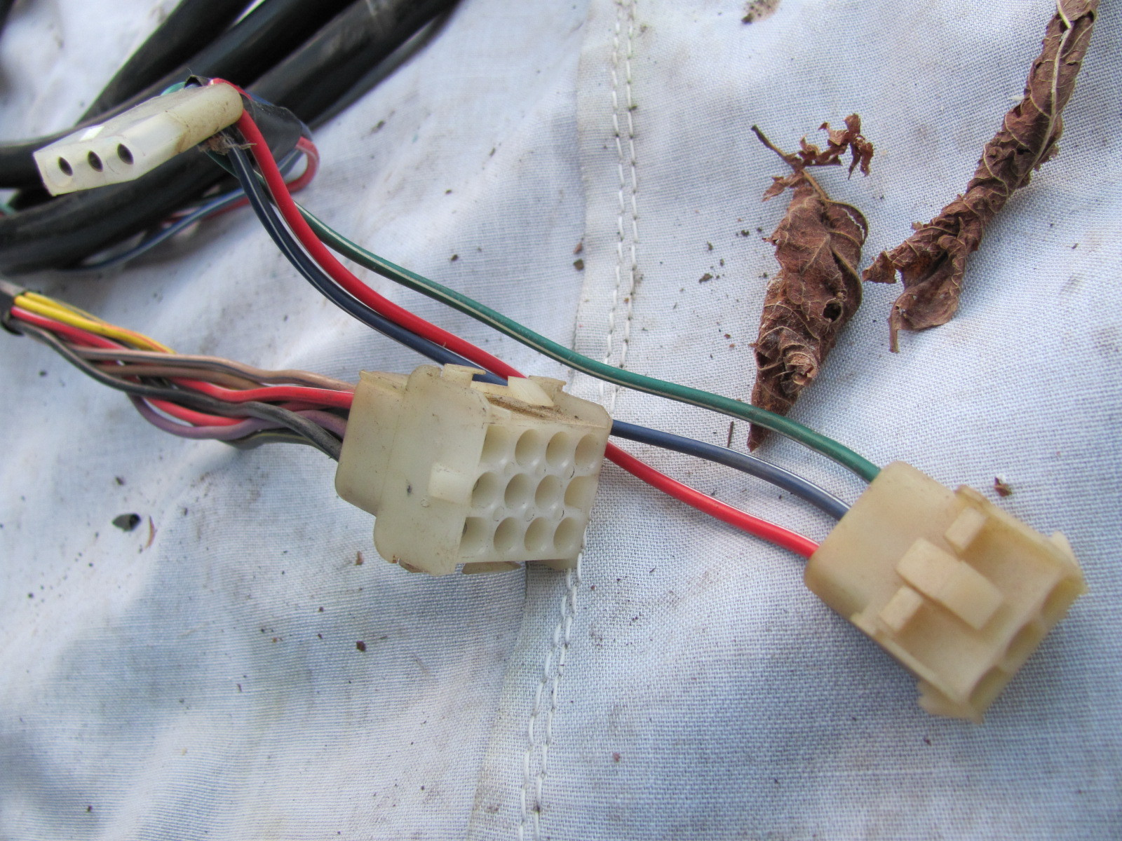 Mercury Tracker 16' Engine Harness 8 Pin and 10 similar items on mercury wiring diagrams, mercury voltage regulator, mercury tach wiring, mercury wiring color code, mercury harness part number,
