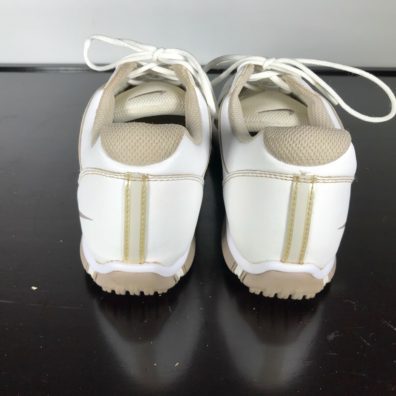 Nike Sz 7.5  TAC Traction at Contact Golf Shoes White Laces Spikes, Women, Nice!