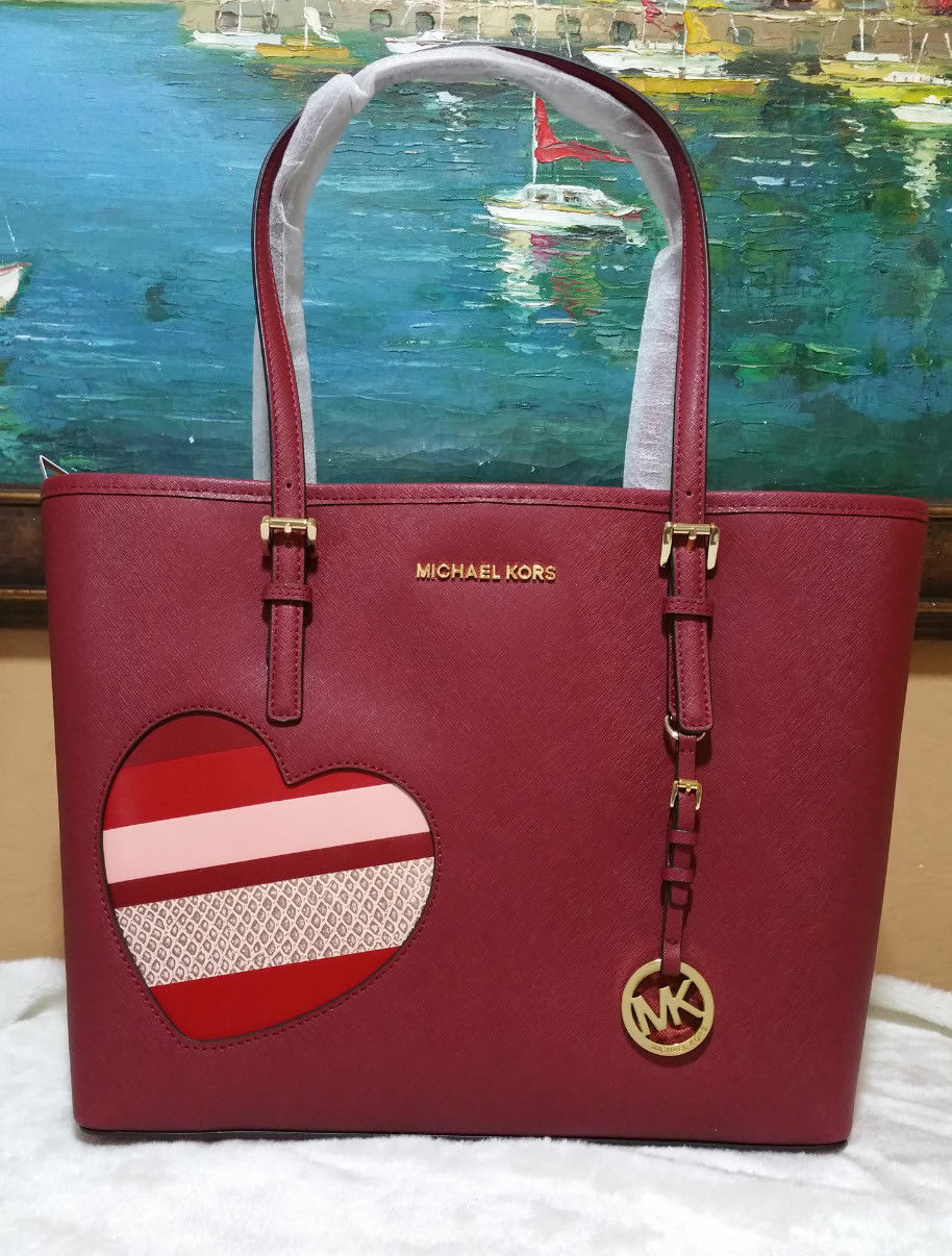 b8250e537885 Michael Kors Jet Set Travel MEDIUM CarryAll Tote shoulder bag Cherry HEARTS  NWT