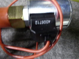Hydraforce Solenoid Operated On/Off Valve SW10-22 NEW image 4