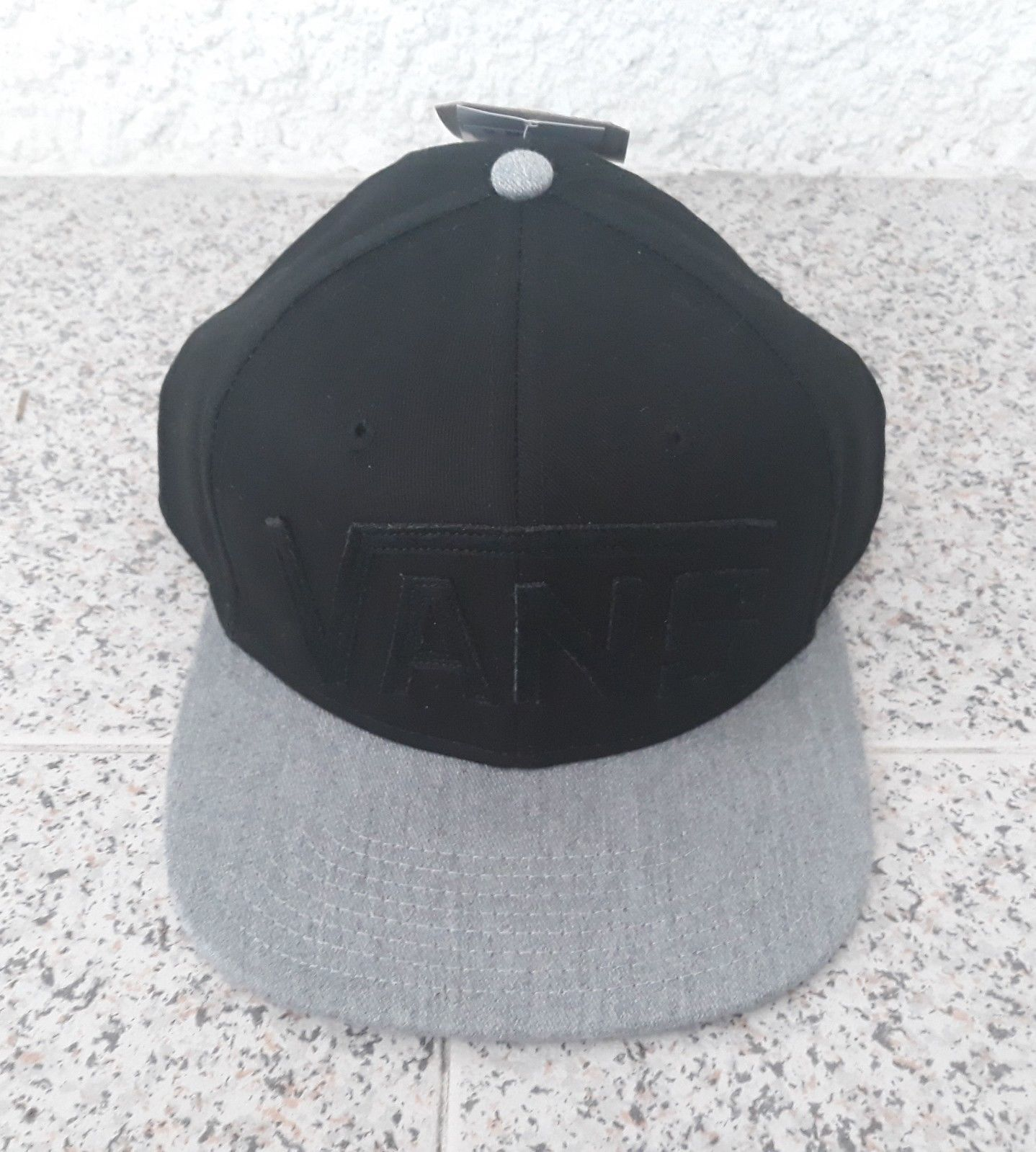 2186398e95c Vans Black Cap Grey Casual Hat 100% Cotton and 50 similar items