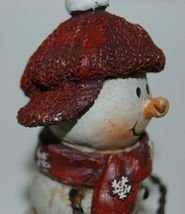 Delton Products 5007 4 Fine Collectibles Snowman Shelf Sitter 2 Set Red Scarf image 6